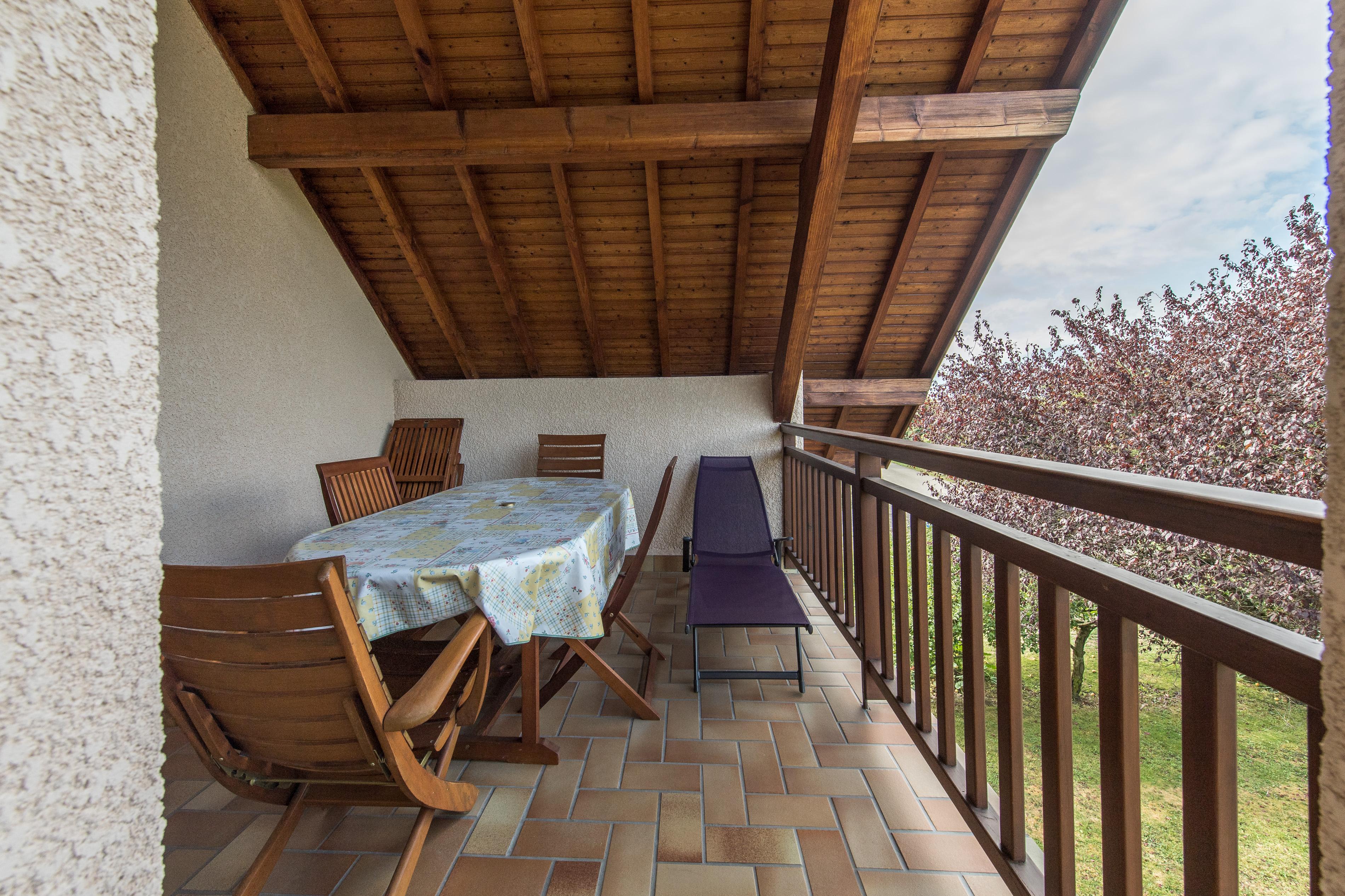 La terrasse – Location de vacances Chambéry gite à louer